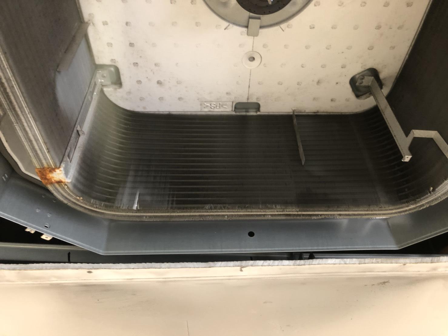 業務用天井カセット型エアコン清掃